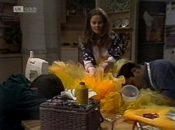 Michael Martin, Julie Martin, Philip Martin in Neighbours Episode 2153