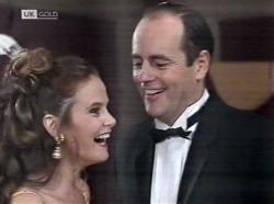 Julie Martin, Philip Martin in Neighbours Episode 2153