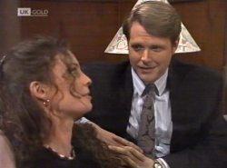 Gaby Willis, Kris Hyde in Neighbours Episode 2154