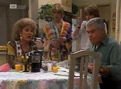 Cheryl Stark, Danni Stark, Brett Stark, Lou Carpenter in Neighbours Episode 2155