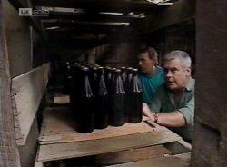 Doug Willis, Lou Carpenter in Neighbours Episode 2155