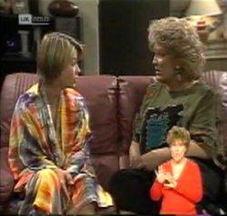 Danni Stark, Cheryl Stark in Neighbours Episode 2156