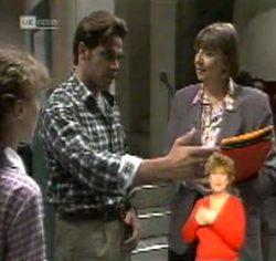 Debbie Martin, Andrew MacKenzie, Anne Teschendorff in Neighbours Episode 2157