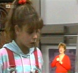 Hannah Martin in Neighbours Episode 2157