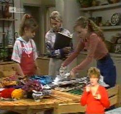 Hannah Martin, Helen Daniels, Debbie Martin in Neighbours Episode 2157