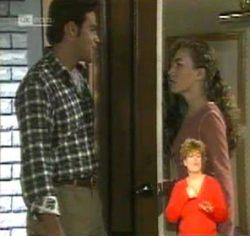 Andrew MacKenzie, Debbie Martin in Neighbours Episode 2157