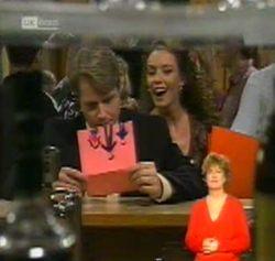 Kris Hyde, Gaby Willis in Neighbours Episode 2158