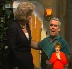 Cheryl Stark, Lou Carpenter in Neighbours Episode 2159
