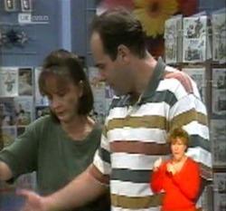 Pam Willis, Philip Martin in Neighbours Episode 2160