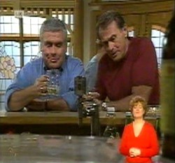 Lou Carpenter, Doug Willis in Neighbours Episode 2160