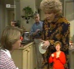 Danni Stark, Lou Carpenter, Cheryl Stark in Neighbours Episode 2160