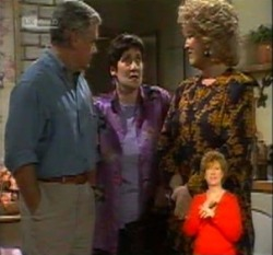 Lou Carpenter, Mitty Petranis, Cheryl Stark in Neighbours Episode 2160