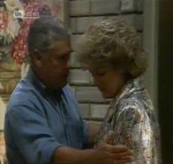 Lou Carpenter, Cheryl Stark in Neighbours Episode 2161