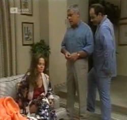 Julie Martin, Lou Carpenter, Philip Martin in Neighbours Episode 2161