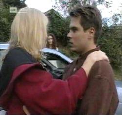 Annalise Hartman, Gaby Willis, Mark Gottlieb in Neighbours Episode 2161