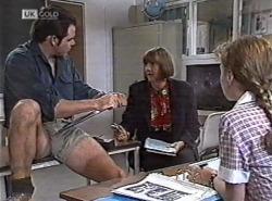 Andrew MacKenzie, Anne Teschendorff, Debbie Martin in Neighbours Episode 2162