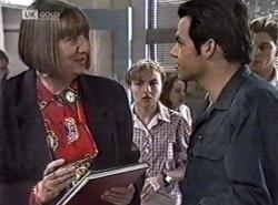 Anne Teschendorff, Debbie Martin, Andrew MacKenzie in Neighbours Episode 2162