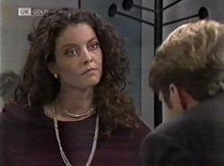 Gaby Willis, Kris Hyde in Neighbours Episode 2162