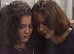 Gaby Willis, Pam Willis in Neighbours Episode 2162