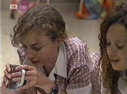 Debbie Martin, Cody Willis in Neighbours Episode 2162