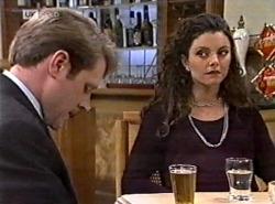 Kris Hyde, Gaby Willis in Neighbours Episode 2162