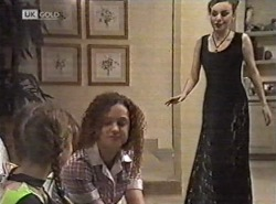 Hannah Martin, Cody Willis, Debbie Martin in Neighbours Episode 2162