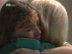 Debbie Martin, Helen Daniels in Neighbours Episode 2163