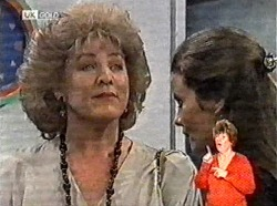 Cheryl Stark, Julie Martin in Neighbours Episode 2165