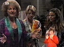 Cheryl Stark, Danni Stark, Julie Martin in Neighbours Episode 2165
