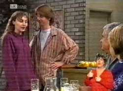 Debbie Martin, Brett Stark, Lou Carpenter, Danni Stark in Neighbours Episode 2169