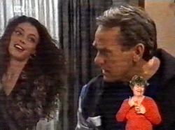 Gaby Willis, Doug Willis in Neighbours Episode 2170