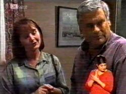 Pam Willis, Lou Carpenter in Neighbours Episode 2172