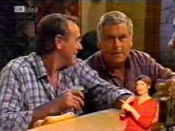 Doug Willis, Lou Carpenter in Neighbours Episode 2172