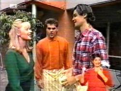 Annalise Hartman, Mark Gottlieb, Sam Kratz in Neighbours Episode 2172