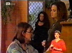 Pam Willis, Gaby Willis, Cody Willis in Neighbours Episode 2173