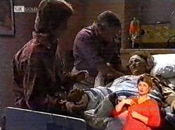 Brett Stark, Lou Carpenter, Cheryl Stark in Neighbours Episode 2173