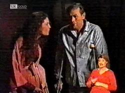 Gaby Willis, Doug Willis in Neighbours Episode 2173