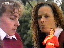 Debbie Martin, Cody Willis in Neighbours Episode 2173