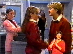 Julie Martin, Debbie Martin, Danni Stark in Neighbours Episode 2173