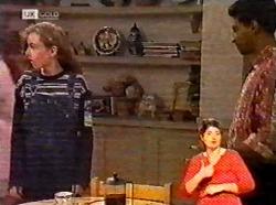 Debbie Martin, Vikram Chatterji in Neighbours Episode 2173