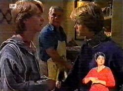 Brett Stark, Lou Carpenter, Danni Stark in Neighbours Episode 2174