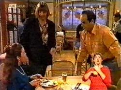 Julie Martin, Anne Teschendorff, Philip Martin in Neighbours Episode 2174