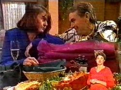 Pam Willis, Doug Willis in Neighbours Episode 2175
