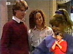 Brett Stark, Cody Willis, Hannah Martin in Neighbours Episode 2175
