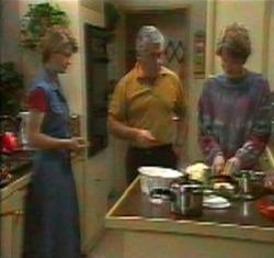 Danni Stark, Lou Carpenter, Brett Stark in Neighbours Episode 2176
