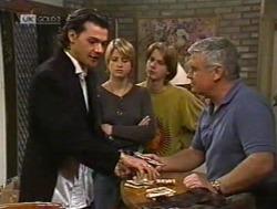 Sam Kratz, Danni Stark, Brett Stark, Lou Carpenter in Neighbours Episode 2186
