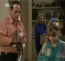 Philip Martin, Helen Daniels, Hannah Martin in Neighbours Episode 2188