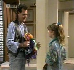 Dave Gottlieb, Hannah Martin in Neighbours Episode 2188