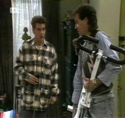 Mark Gottlieb, Dave Gottlieb in Neighbours Episode 2188
