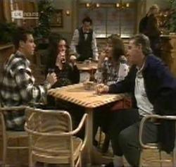 Mark Gottlieb, Gaby Willis, Rick Alessi, Pam Willis, Doug Willis in Neighbours Episode 2189